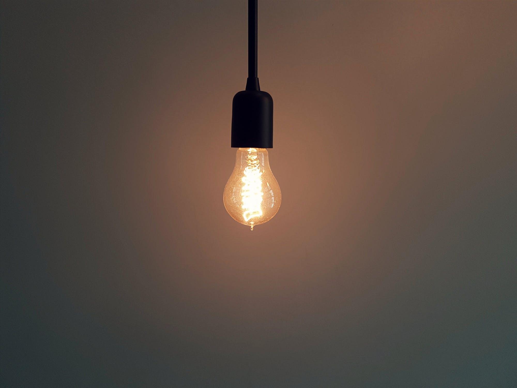 Spara på elen - Få ned kostnaden och tänk miljövänligt